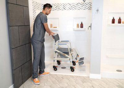 Eco Traveller SB7e with caretaker in shower