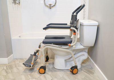 Roll-InBuddy Lite SB6c over toilet